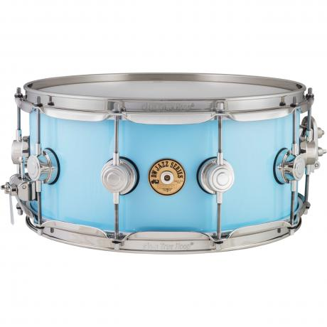 dw 6 x 14 jazz series gum maple snare drum in robin 39 s egg blue with nickel hardware drj40614ssk. Black Bedroom Furniture Sets. Home Design Ideas